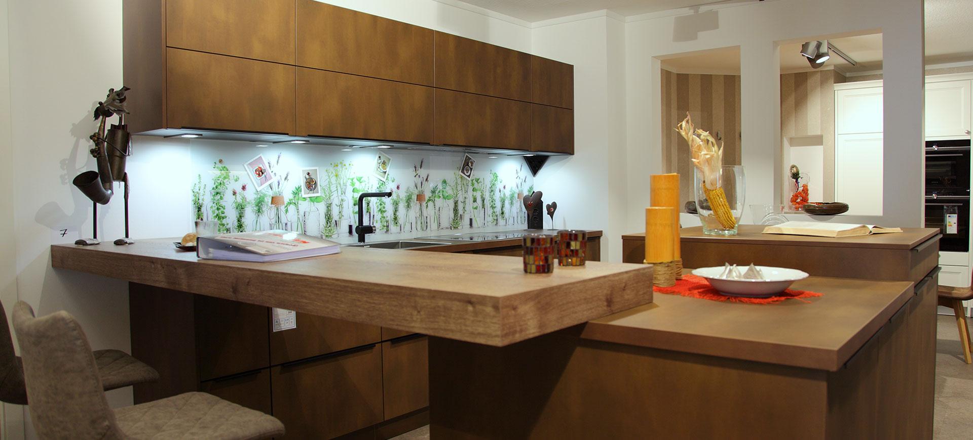 unser service im raum ingolstadt amberg neumarkt deggendorf k chenstudio k chenplanung der. Black Bedroom Furniture Sets. Home Design Ideas
